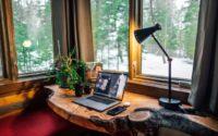 Vantaggi e svantaggi del lavorare fuori ufficio