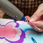 Colla a caldo: 5 lavoretti da fare con i bambini