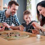 Giochi da tavolo da fare in famiglia: le regole dei giochi in scatola più conosciuti