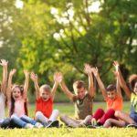 Giochi da fare con i bambini all'aria aperta