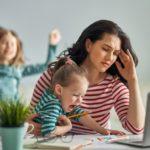 Effetti collaterali del lavoro da casa: ecco 5 conseguenze inevitabili
