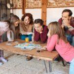 Giochi di società per bambini: il divertimento è assicurato!
